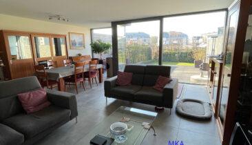 Appartement (rez-de-jardin) avec deux emplacements intérieurs à vendre à Bertrange